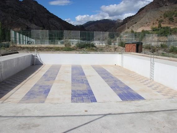 Yüzme Havuzu Yarışlarla Hizmete Açıldı